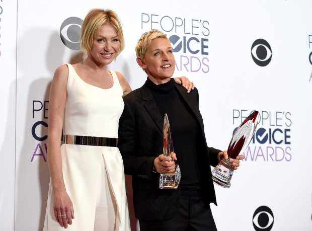 2016 People's Choice Awards - Press Room