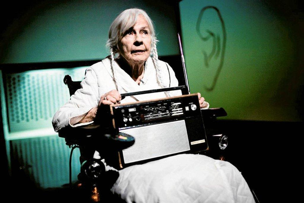 Danuta Szaflarska jako Babcia w sztuce