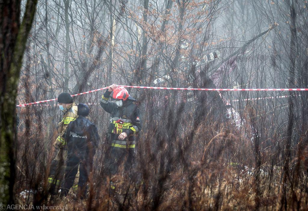 Katastrofa lotnicza pod Pszczyną. Helikopter był nowy, w powietrzu spędził zaledwie 40 godzin