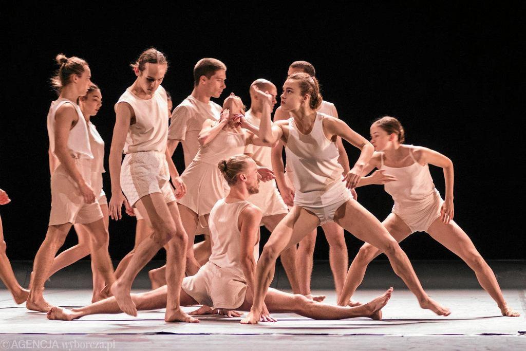 18.11.2017 Lublin . Spektakl ' Last Work w choreografii Ohada Naharina, Batsheva Dance Company.  / KRZYSZTOF MAZUR