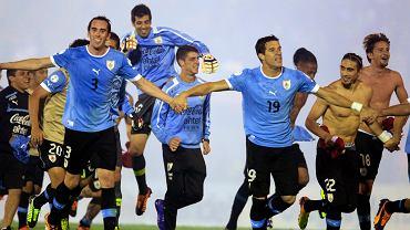 Piłkarze Urugwaju cieszą się z awansu na MŚ