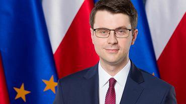 Rzecznik prasowy rządu Piotr Mueller