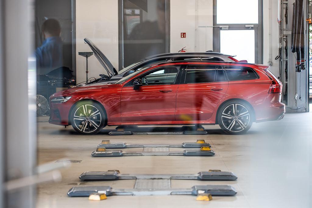 Kontrola samochodu w serwisie Volvo