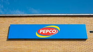 Pepco sprzedaje idealne buty na ciepłe dni. Kosztują 30 zł
