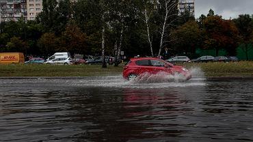 Skutki ulewy w Warszawie