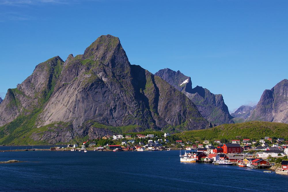 Lofoty, Reine, Norwegia