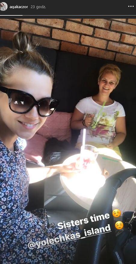 Agnieszka Kaczorowska z siostrą i córką