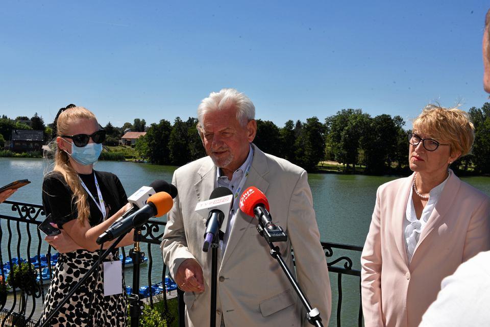Prof. Andrzej Horban,  konsultant krajowy  w dziedzinie chorób zakaźnych