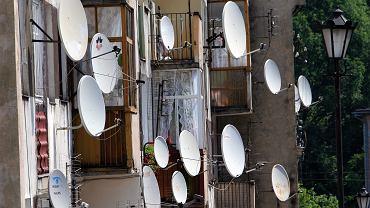 Dostawcy płatnej telewizji wieszczą czarny scenariusz po wejściu w życie nowych przepisów o abonamencie RTV. Klienci już teraz masowo rezygnują z umów z telewizjami kablowymi i platformami cyfrowymi
