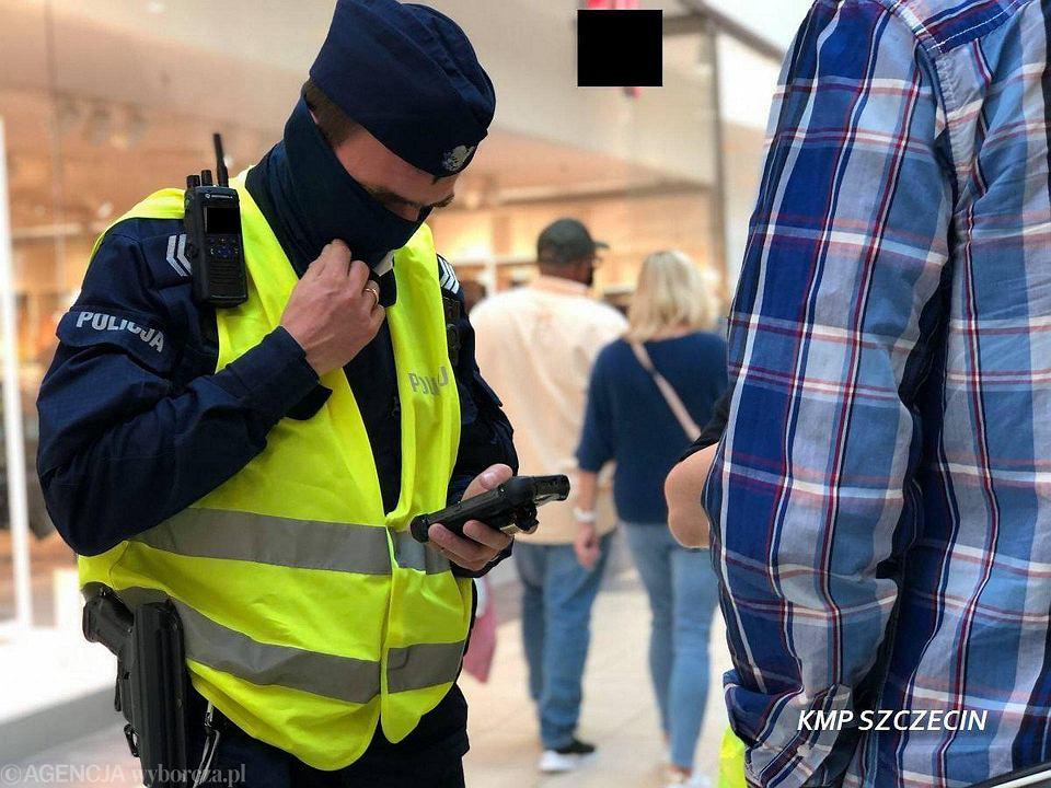 Policja zapowiada wzmożone kontrole pod kątem noszenia maseczek