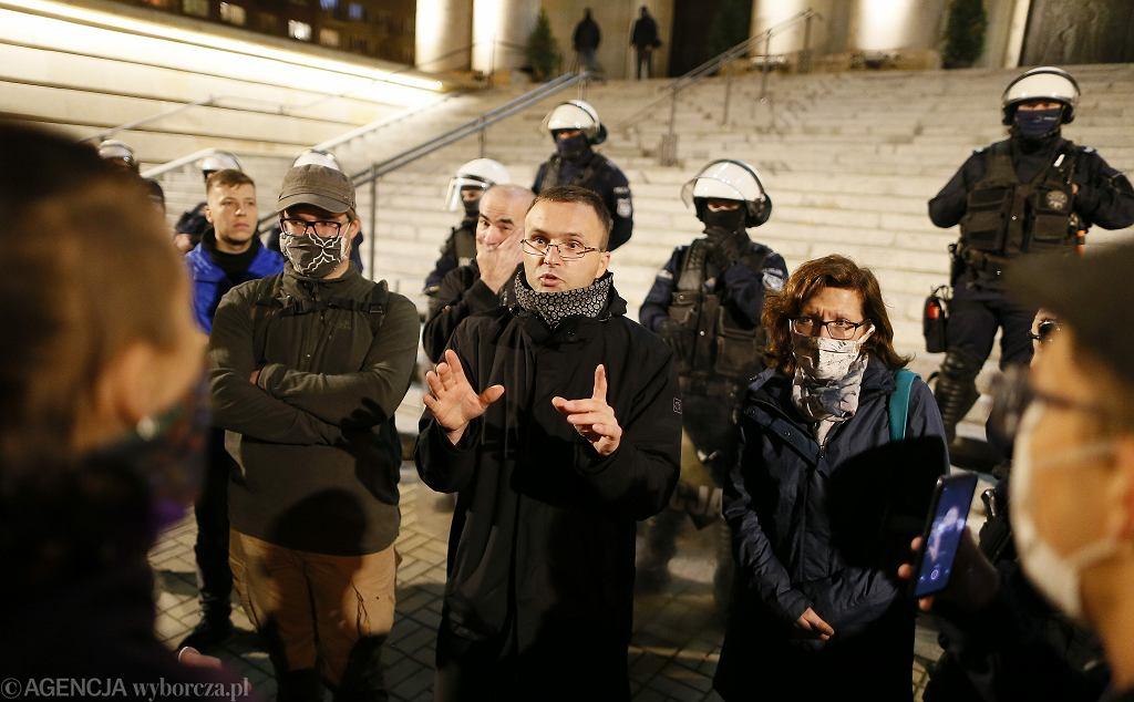 Protest przed katedrą w Katowicach