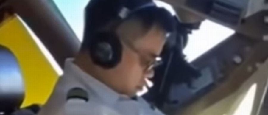 Podczas lotu linii China Airlines pilot zasnął za sterami