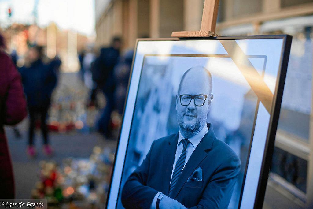 Paweł Adamowicz zmarł 14 stycznia 2019 r.