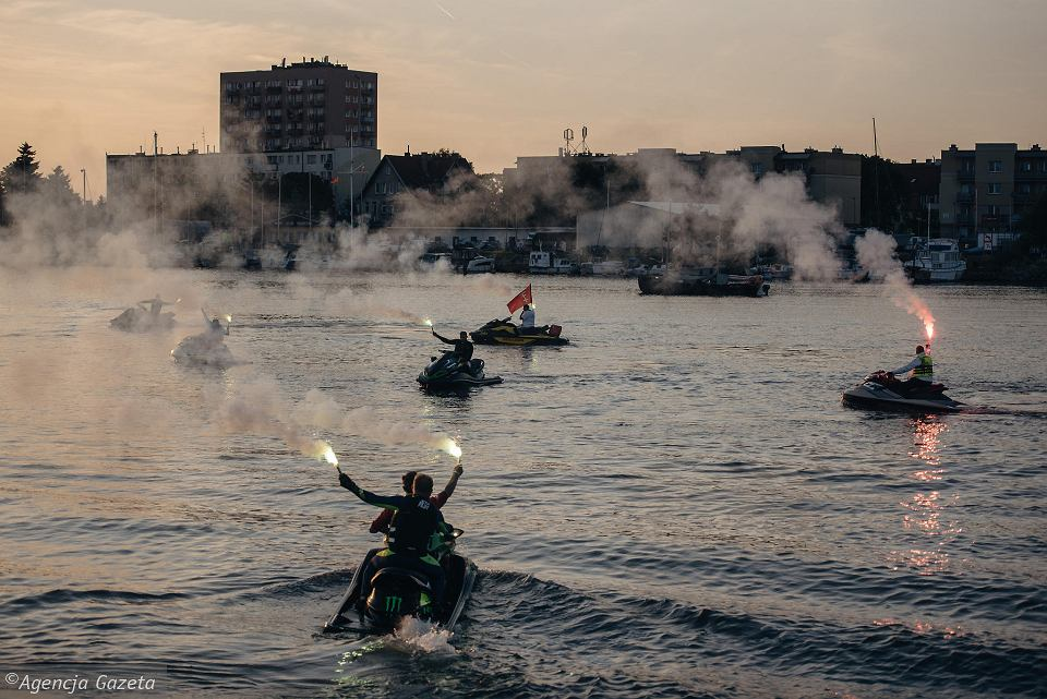 Zdjęcie numer 5 w galerii - Niepełnosprawny przepłynął skuterem wodnym z Warszawy do Gdańska