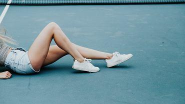 ćwiczenia na smukłe uda