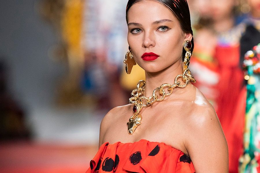 Trendy wiosna-lato 2020: biżuteria