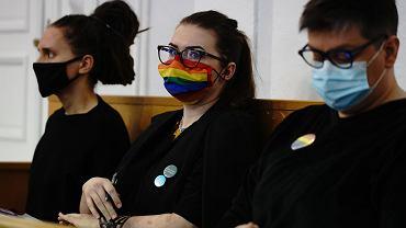 Joanna Gzyra-Iskandar, Anna Prus i Elżbieta Podleśna na ławie oskarżonych płockiego sądu