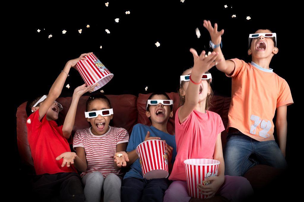 Filmy muzyczne są przeznaczone dla widzów w każdym wieku. Zdjęcie ilustracyjne, Luis Louro/shutterstock.com