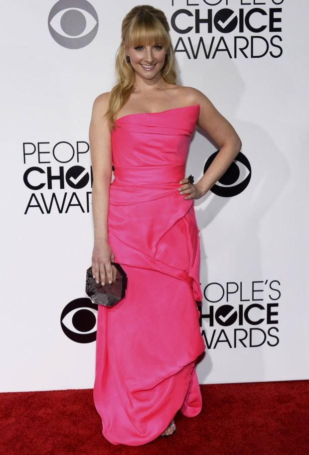 Melissa Rauch arrives at the 2014 People's Choice Awards in Los Angeles, California January 8, 2014. REUTERS/Kevork Djansezian (UNITED STATES-TAGS: ENTERTAINMENT) (PEOPLESCHOICE-ARRIVALS)