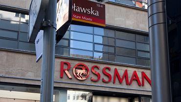Najlepsze podkłady z Rossmanna. Wybrałyśmy trzy, które są na promocji