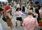 Parada Równości w Warszawie. Tęczowy marsz przeszedł ulicami stolicy [ZDJĘCIA]