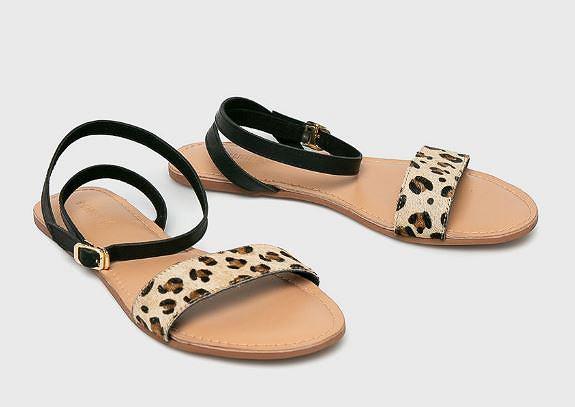 Sandały w stylu boho z paskami