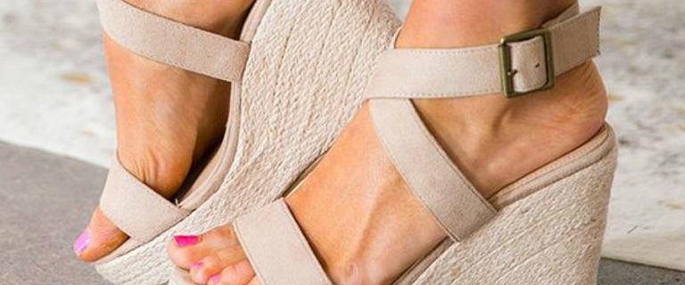 Buty na lato, które optycznie wyszczuplą nogi. Tym modelom warto zaufać!