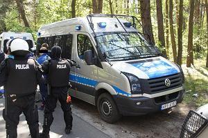 Bandyci napadli na samochód z pracownikami Widzewa. Mieli maczety i pałki