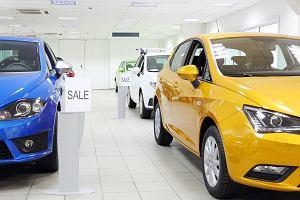 Sprzedaż nowych aut wciąż w dołku. Koniec boomu na nowe auta w Polsce