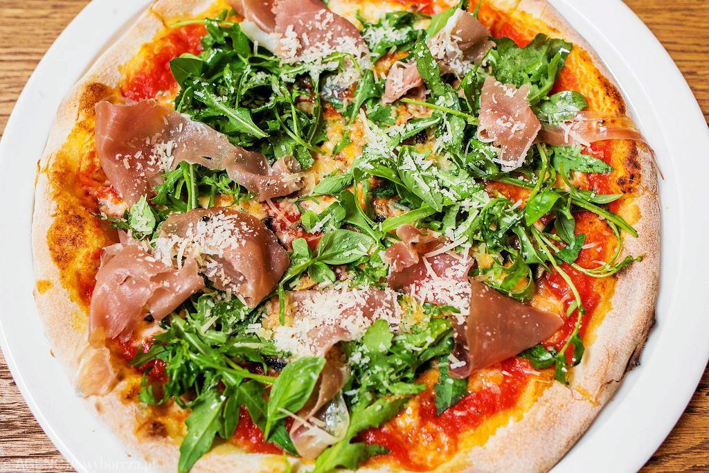 Pizza W Warszawie Gdzie Zjesz Najlepszą Pizzę I Ile