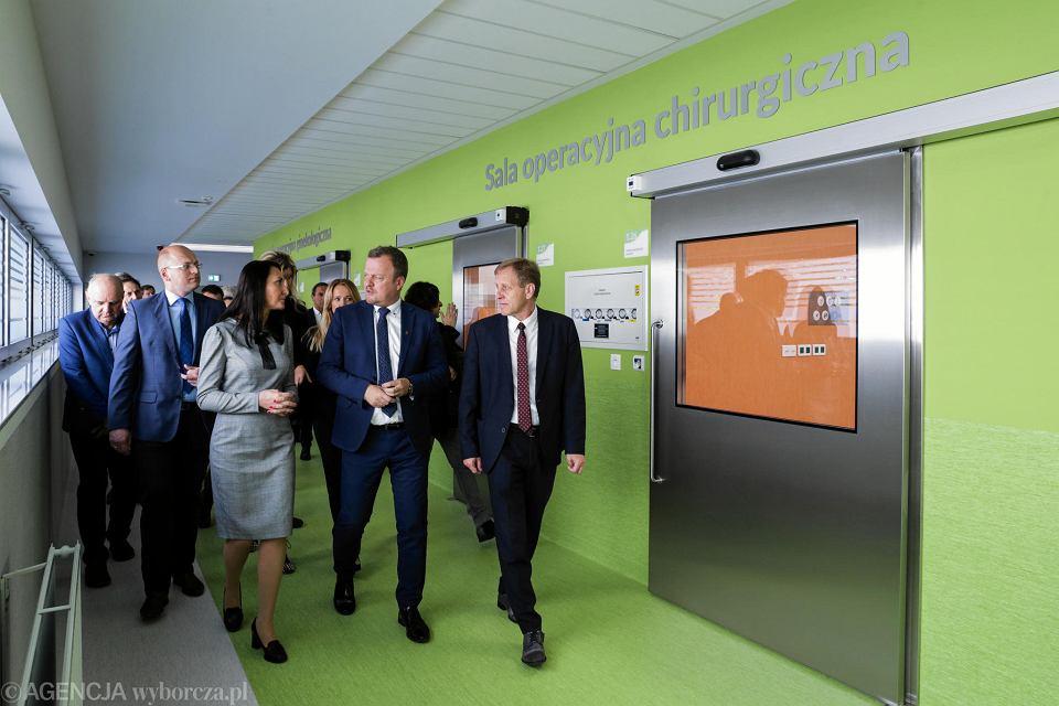 Zdjęcie numer 15 w galerii - W Sosnowieckim Szpitalu Miejskim otwarto nowoczesny blok operacyjny za 45 mln zł