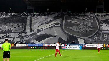Sektorówka z apelem o nowy stadion dla Szczecina