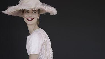 Women in Chanel