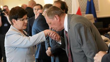 Posiedzenie rządu - Beata Szydło i Jan Szyszko