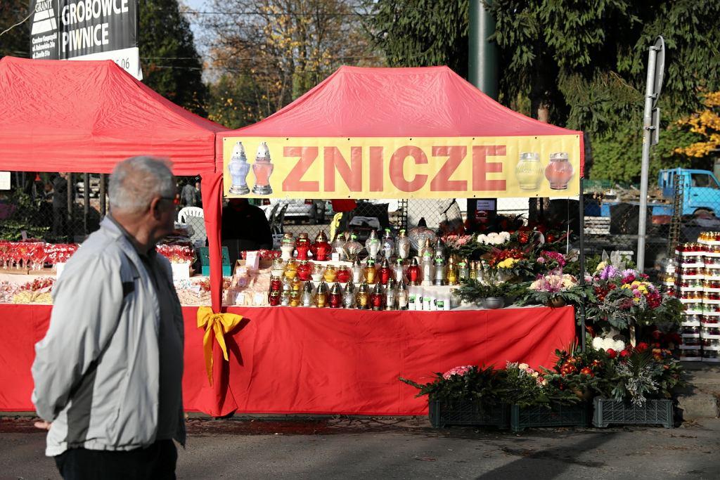 Wszystkich świętych Bazarki Przy Cmentarzach Frytki