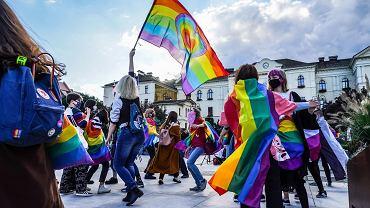 LGBT to nie ideologia. Podcasty o sytuacji osób nieheteronormatywnych w Polsce