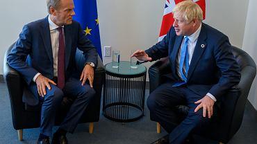 Przewodniczący Rady Europejskiej Donald Tusk i premier Wielkiej Brytanii Boris Johnson.