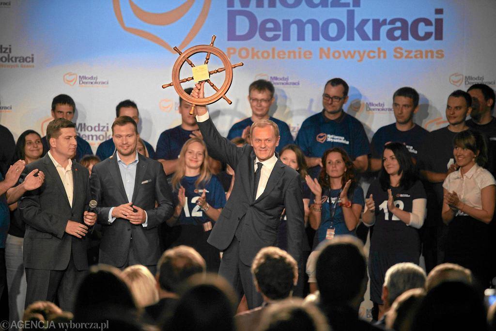 Donald Tusk na konwencji Młodych Demokratów, młodzieżówki PO, w 2011