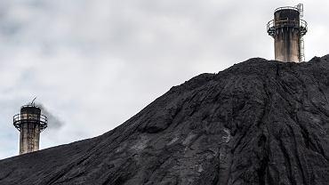 Zwały węgla w Polsce sięgają już 20 mln ton. Rząd chce utrzymać wydobycie jeszcze przez lata