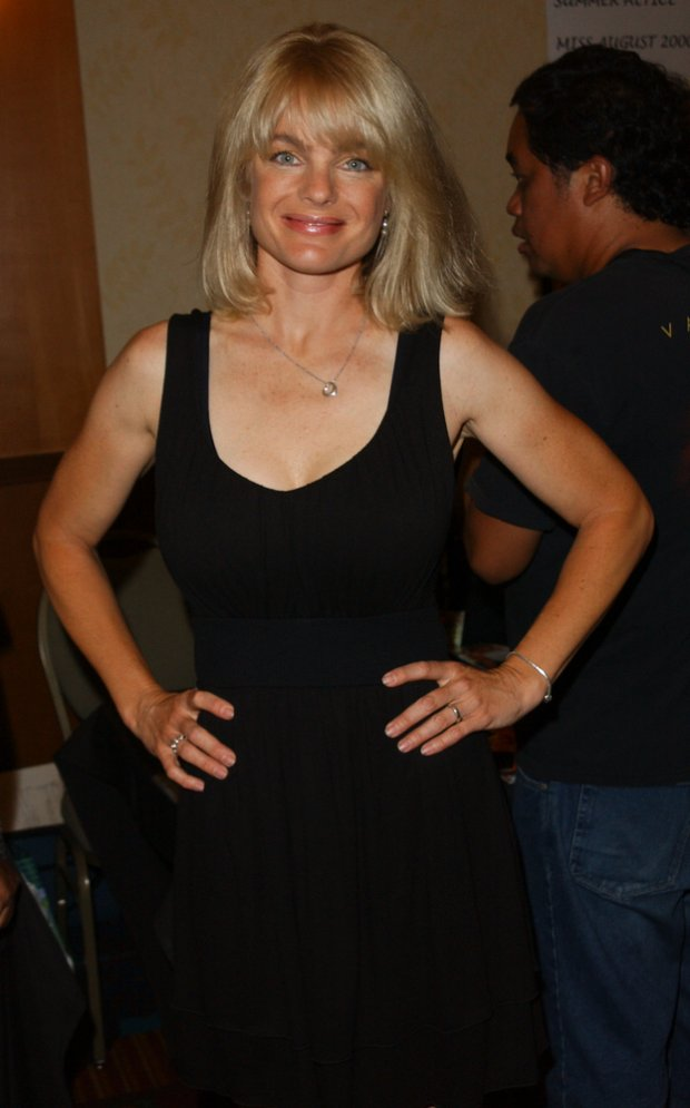 Erika Eleniak w 2009 roku