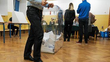 Wybory parlamentarne 2019. Wyniki wyborów (oficjalne) zostaną ogłoszone przez PKW na początku tygodnia, na razie znamy wyniki exit poll dla telewizji