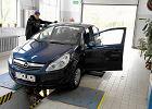 Dziurawe kontrole techniczne aut