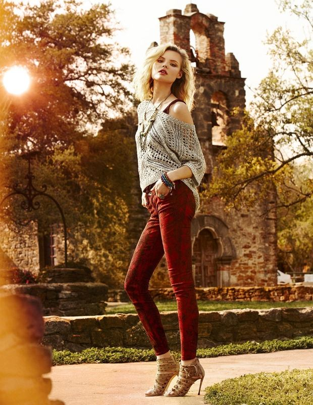 Polish model Magdalena Frackowiak photoshoot for Express Autumn 2012.  Date and Place unknown.   Photo supplied by insight media. *** Local Caption *** 00647884