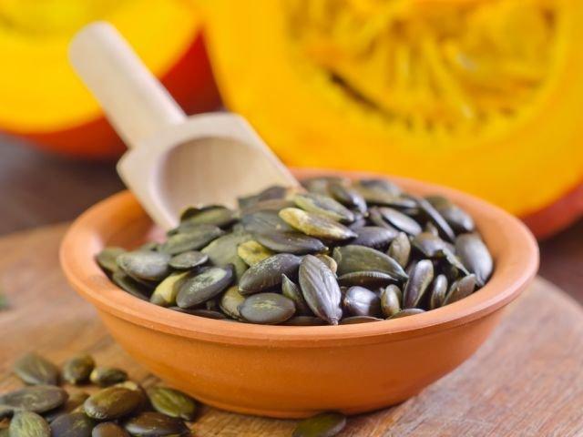 Pestki dyni zawierają drogocenne kwasy omega-3.