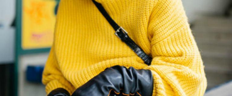 Ciepłe swetry w szarym kolorze