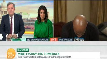 Tyson śpi