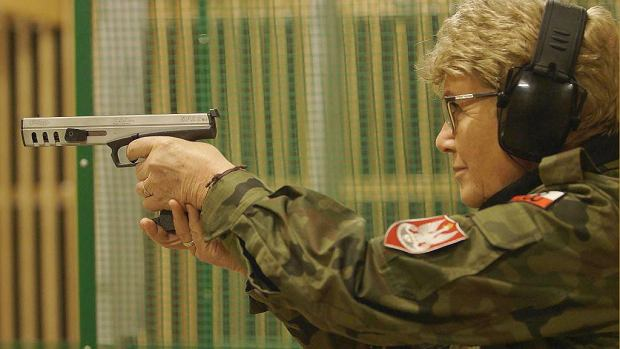 Kadr z filmu 'Dobra zmiana' Konrada Szołajskiego