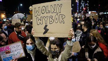Wyrok TK ws. aborcji. Blokada ulic w Warszawie w związku z zaostrzeniem prawa aborcyjnego