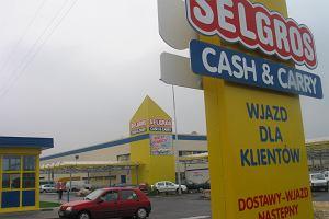 Selgros wycofuje ze sprzedaży chusteczki nawilżane. Możliwe zanieczyszczenie gronkowcem złocistym