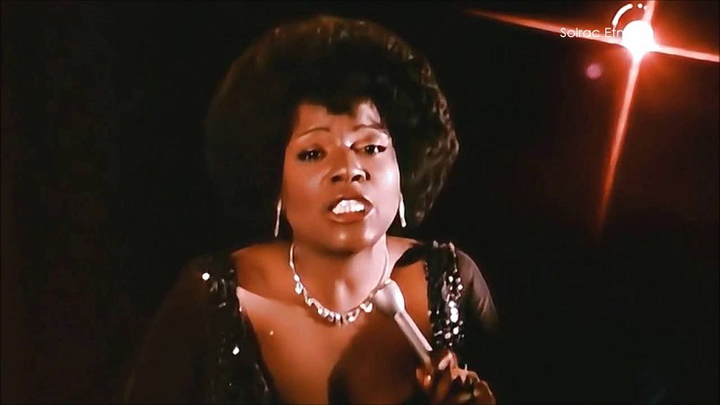 Gloria Gaynor - I Will Survive [Official Video] 1978 [Audio iTunes Plus AAC M4A]